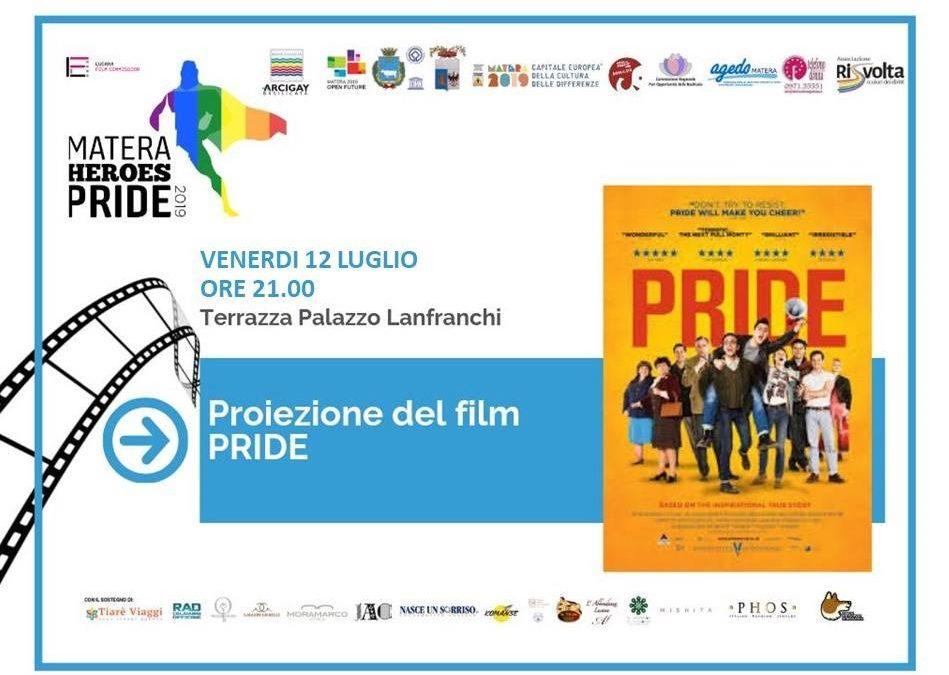 Proiezione Pride sulla Terrazza di Palazzo Lanfranchi