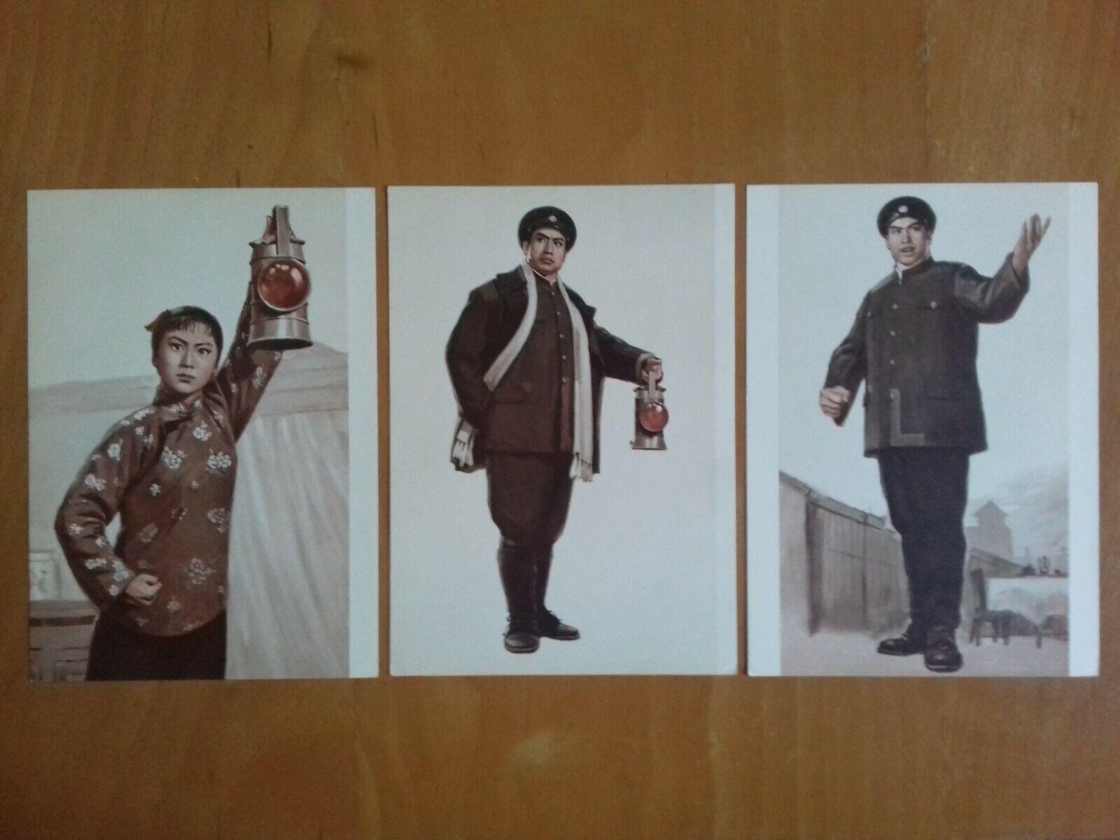 Immagini dell'opera Lanterne Cinesi esposte presso la Casa Museo del Comunismo di Matera
